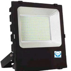 Đèn LED pha 50W chiếu sáng ngoài trời