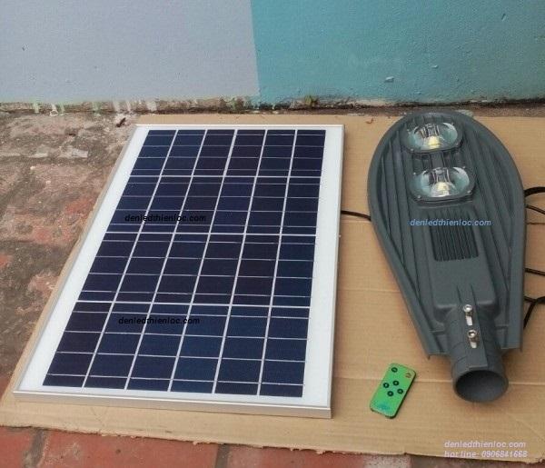 Đèn đường 100w năng lượng mặt trời