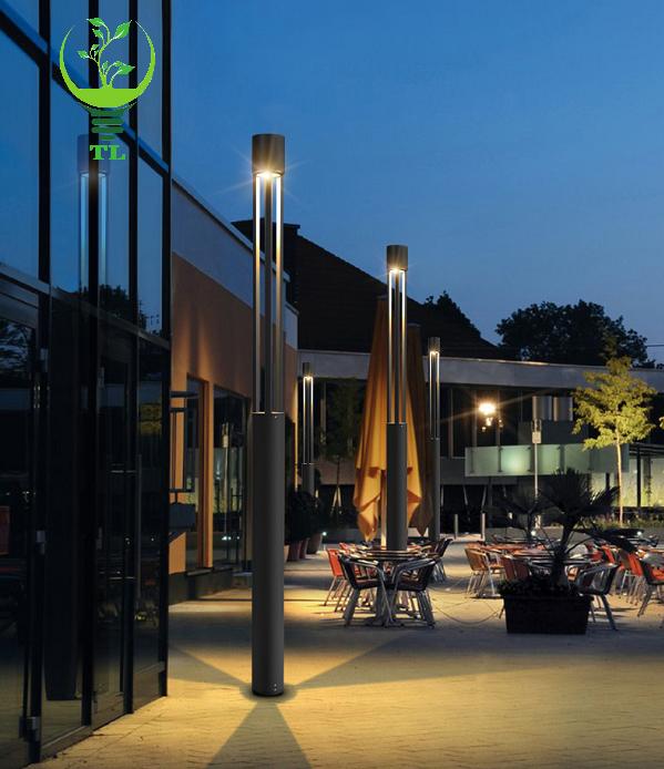 Cột đèn sân vườn hiện đại CD52