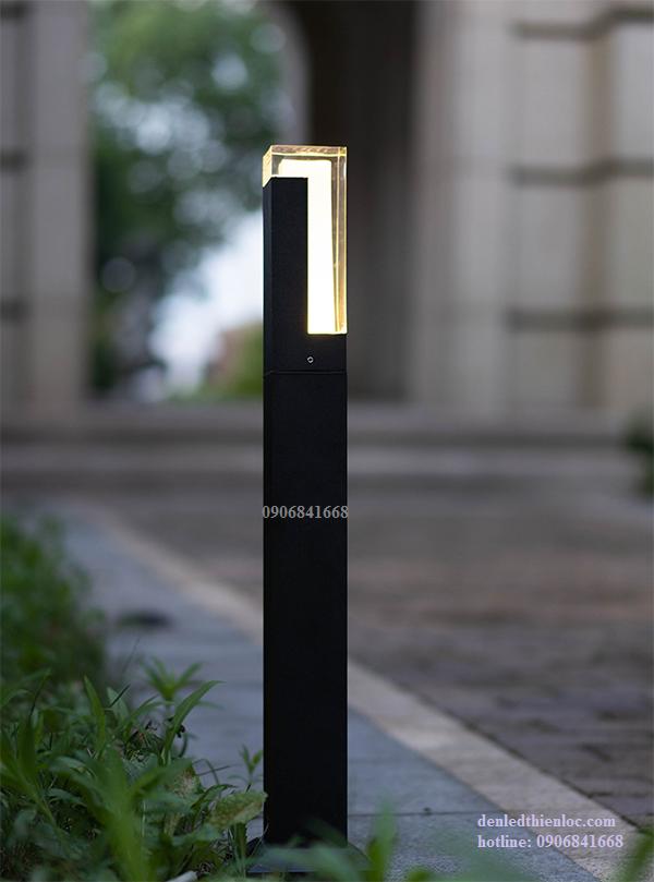 Trụ đèn thấp trang trí sân vườn TD74