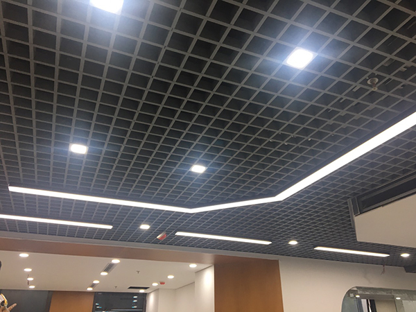 Đèn led thanh ốp trấn văn phòng 1m2
